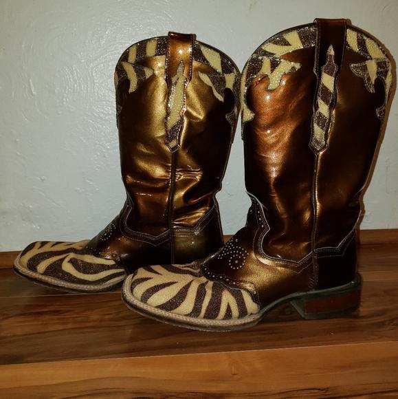 85f7350248c Square toe stingray cowboy boots